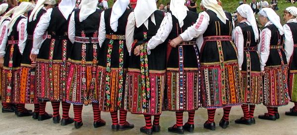 Bulgarian women dancing