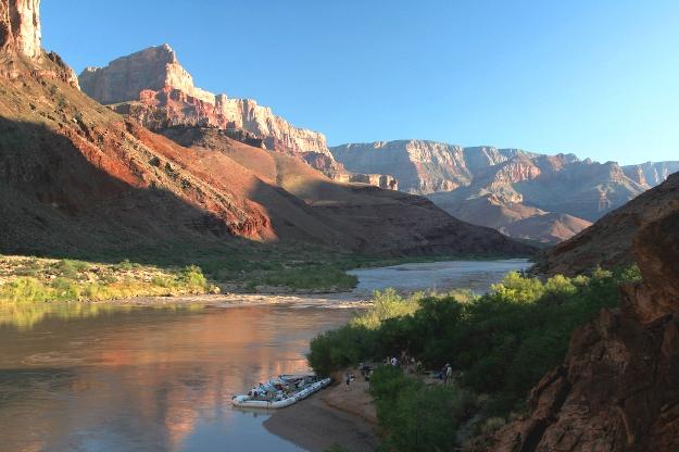Rob scenic river canyon