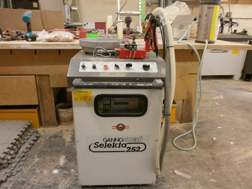 Woodworking Machinery Auction CNC Dovetail Machine-SCMI ...