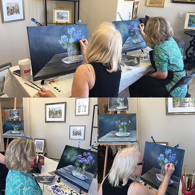 Beginner Oil Painting Class, taught by Renee MacMurray - work in progress...they are almost done! Looking great girls! MacMurrayDesigns.com #reneemacmurray #macmurraydesigns #stilllife #oilpainting #painting #hanover #art #beginnerart #artclasses #oil #ar