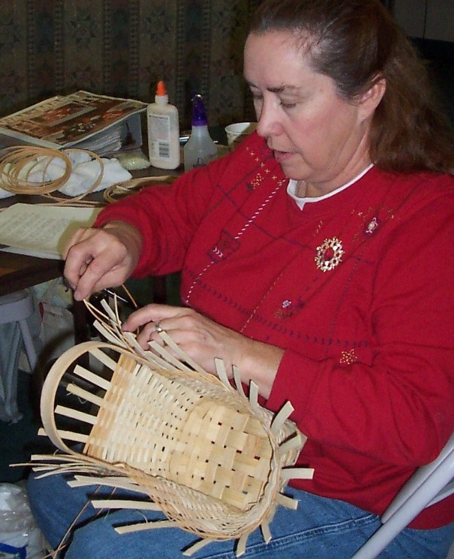 Weaving a market basket