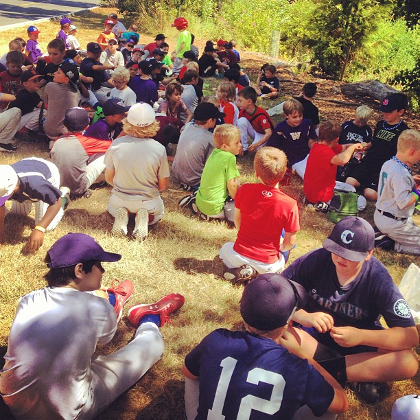 lunch time! #jrdawgscamp #baseball #hydration #hotdogs