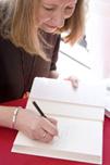 Sarah Susanka signing books