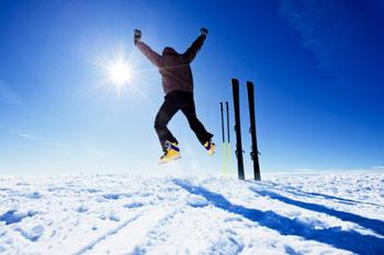 happy skiier