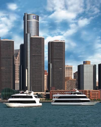 Infinity Ovation Yachts