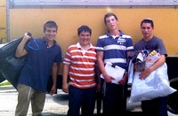FYHS Students Volunteer for Chicago Chesed Fund