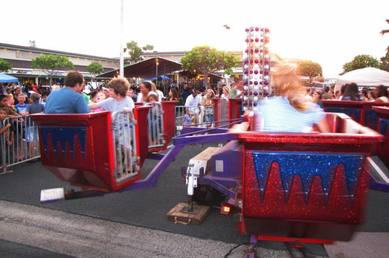 Fun rides at the HRI _ Laie Shopping Center Bash