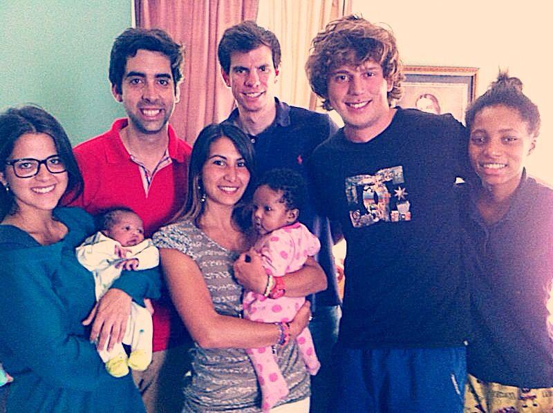 2013-Detroit Interns w Mom & Kids