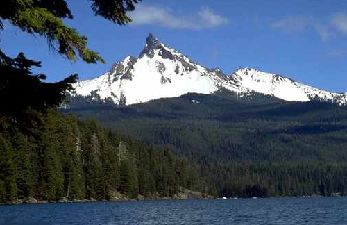 Diamond Lake & Mt. Thielsen