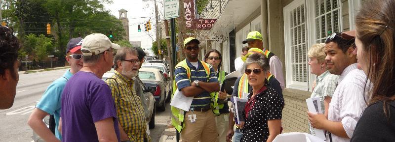 Walking tour on Ponce de Leon