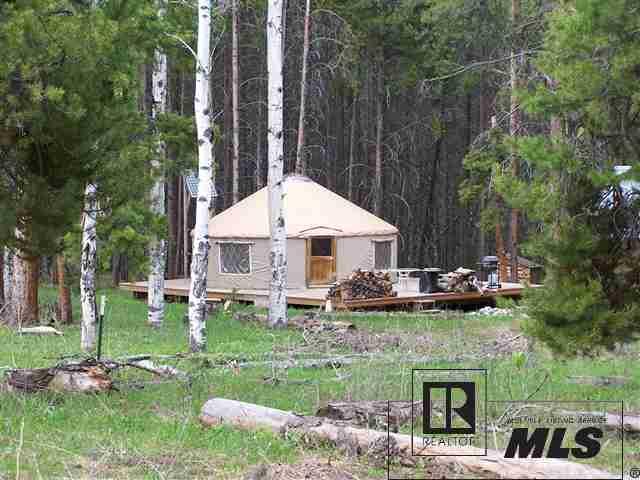 stagecoach yurt