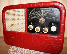 radio by Sindre Skedre