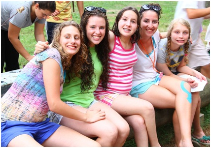 MINIs and Amitzim Campers