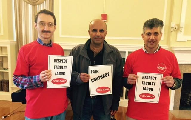 CSU-AAUP Members supporting a fair contract