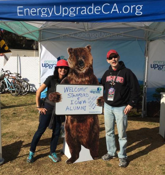 Picture of Melinda and Tom Tsai at the Energy Upgrade California Booth at the 2016 Rose Bowl Game