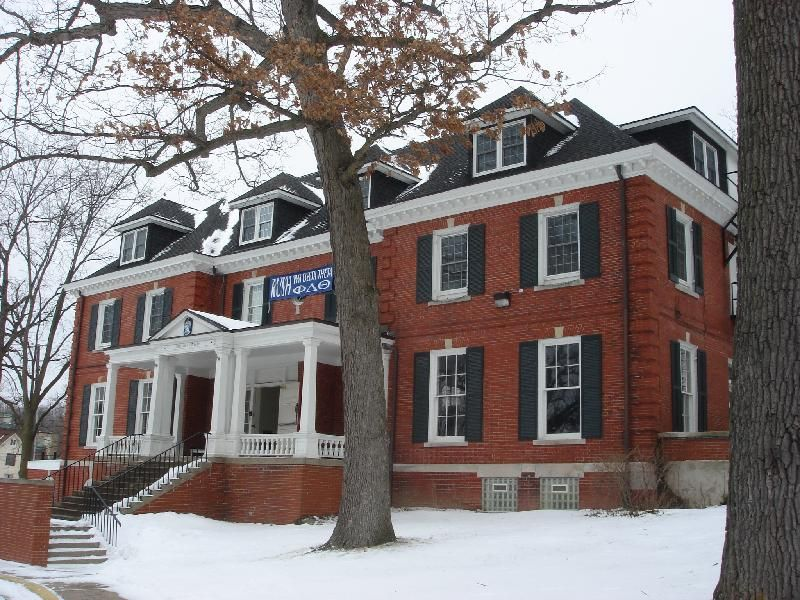 PDT house winter