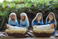 2 Marys and 2 Josephs with baby Jesus
