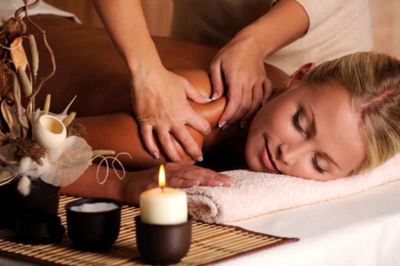 shoulder_massage_female.jpg