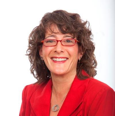 Diane Helbig headshot