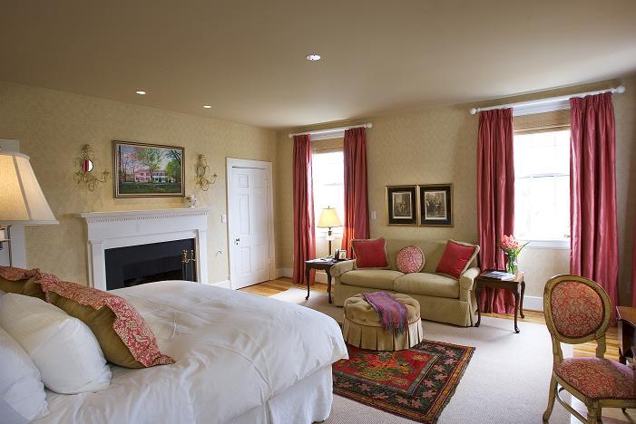 Martha Jefferson Room at Clifton Inn