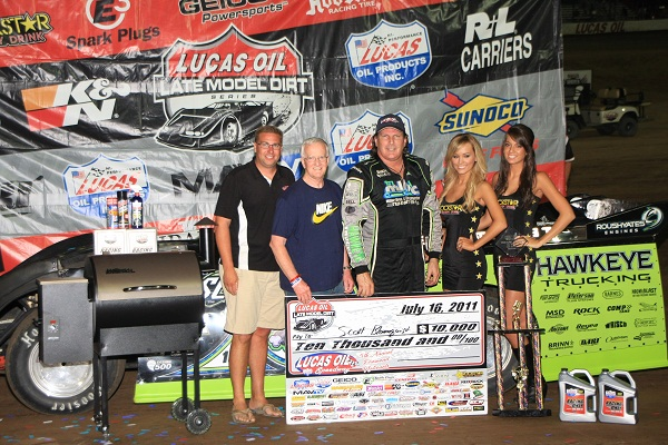CMH Diamond Nationals Victory Lane