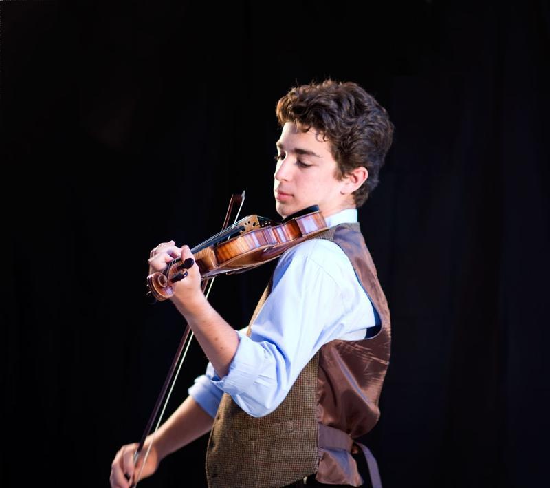 Jourdan Urbach in Concert
