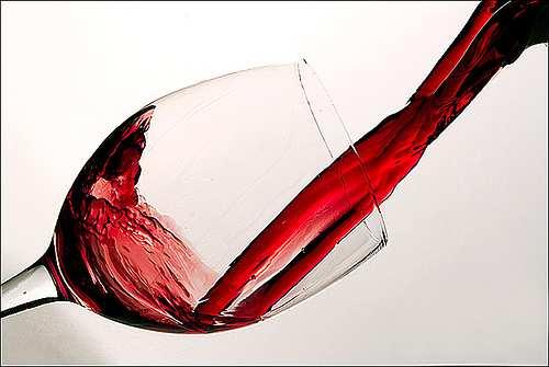 wineglass pour