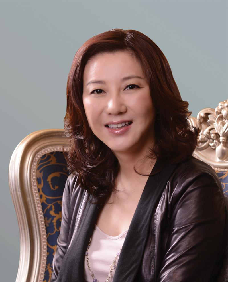Shunee Yee