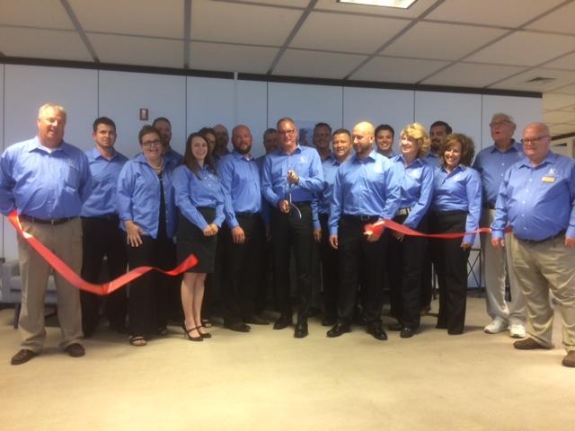 Keller Logistics Staff at Ribbon Cutting