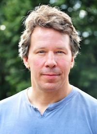 Jonathan Barnes (DC'93)