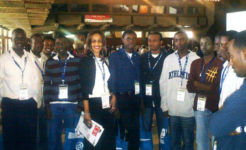 Sophis Bekele with dotafrica team
