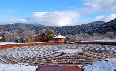 snow-labyrinth