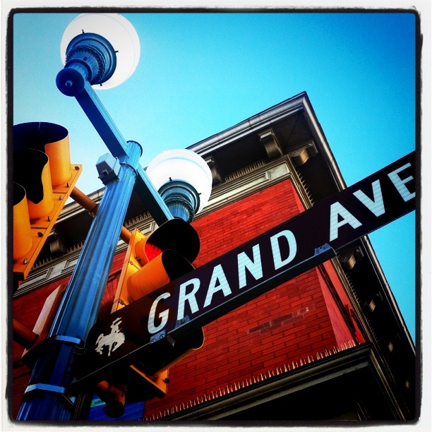 Grand Ave