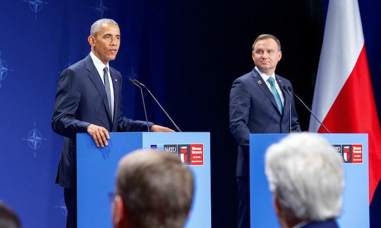 Obama attends NATO summit