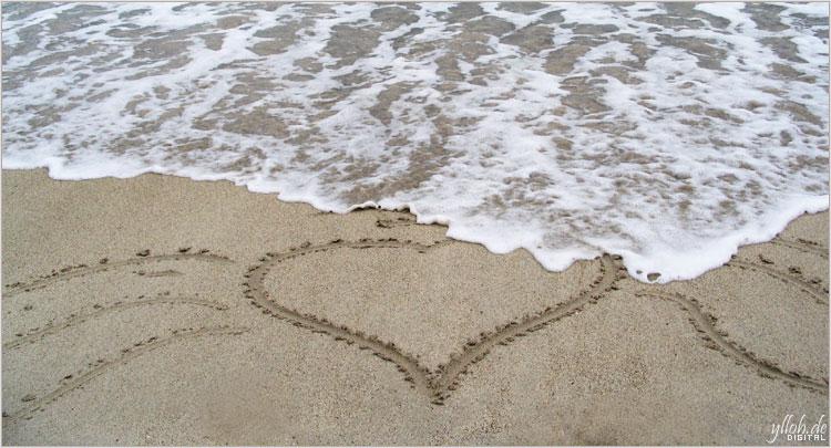 Heart in Ocean