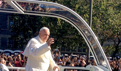 Pope Francis on popemobile in Washington