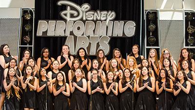 Dolce Performs in Disneylang