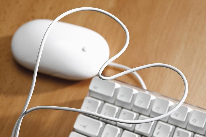 white_mouse_keyboard.jpg