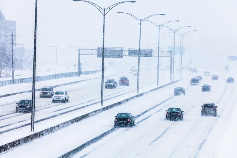 blizzard_traffic.jpg    12 Tips