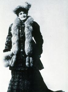 Lady Moon 1905