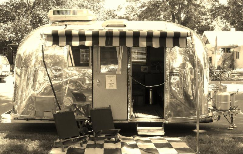 Tour a vintage travel trailer