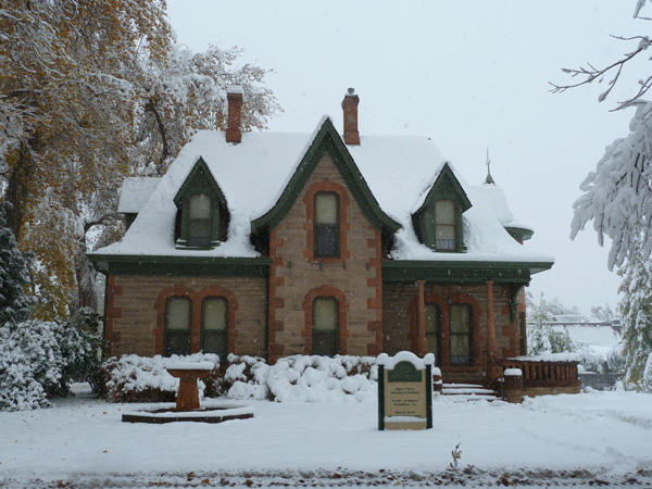 Snowy Avery House