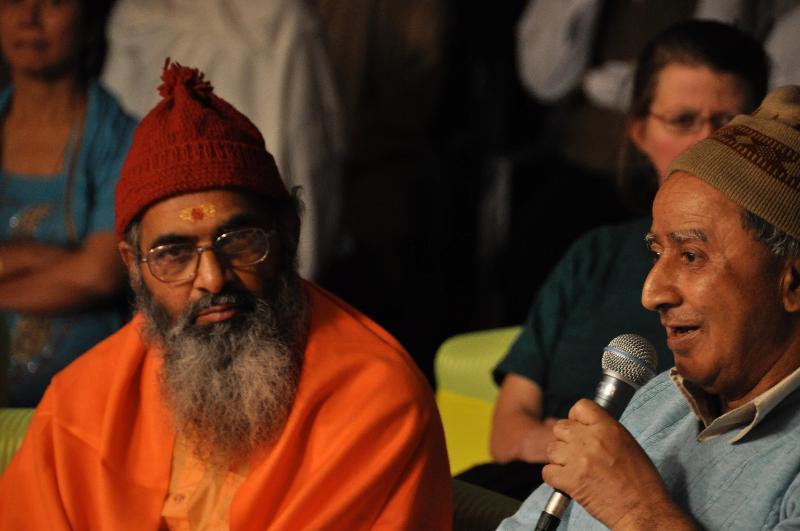 Motilal   Pandit and Swami Siddhabodhananda