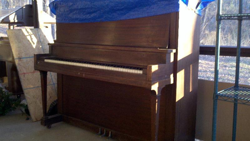 John Knox Center old piano