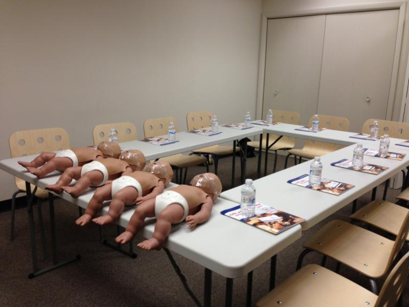 reasons to learn cpr essay Our expert brad discusses the 4 top reasons why everyone should consider getting cpr certified cpr hq / top 4 reasons to get cpr certified learn correct cpr.