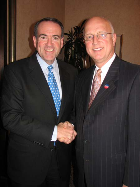 Joe Fuiten endorse Mike Huckabee for President in '08