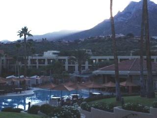 AZ Hilton Photo DB