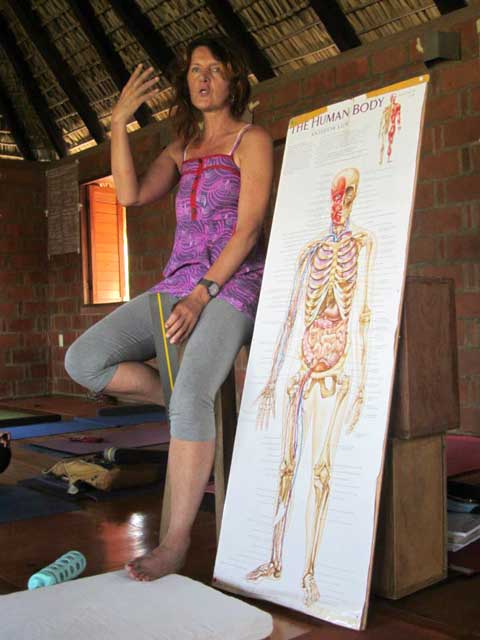 Brigitte Longueville teaching anatomy