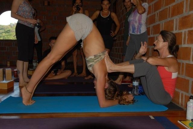 formaci�n de maestros de yoga - 2011 / 2012