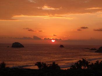 puesta del sol en el Pacifico